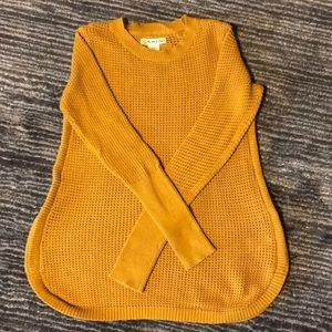 Sweaters - Mustard yellow knit sweater